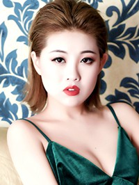 Asian single woman Chen from Shenyang, China