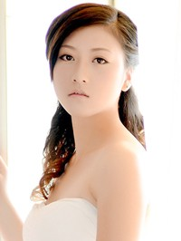 Single Xuemei from Fushun, China