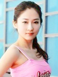 Asian Bride Lu from Shenyang, China