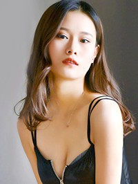 Single Xuewei from Shenyang, China