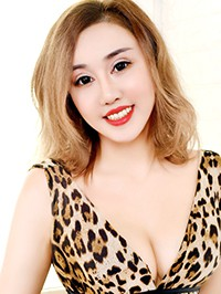 Single Yue from Shenyang, China
