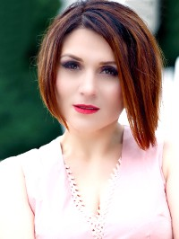 Russian woman Elena from Khmelnitskyi, Ukraine