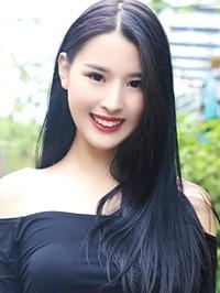 Single Qian Ping from Changsha, China