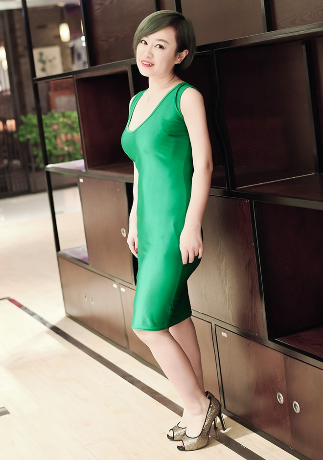 Single girl Zhenxin 35 years old