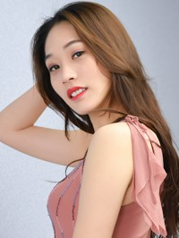 Asian Bride Yifan (Yvette) from Shenyang, China