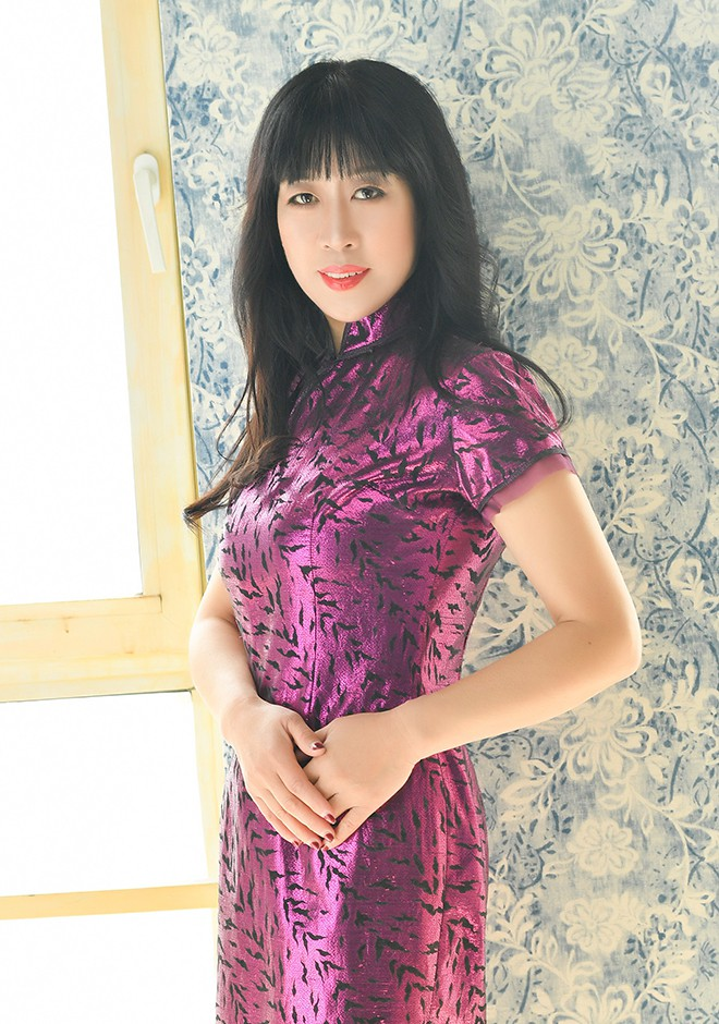 Single girl Hong 56 years old