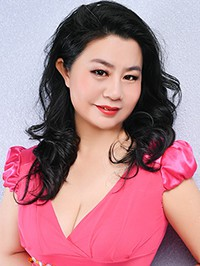 Single Hong (Vicky) from Shenyang, China