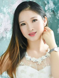 Asian woman Lina (Na) from Liaocheng, China