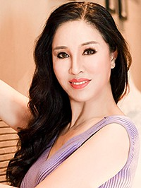 Asian Bride Fengqin from Fushun, China