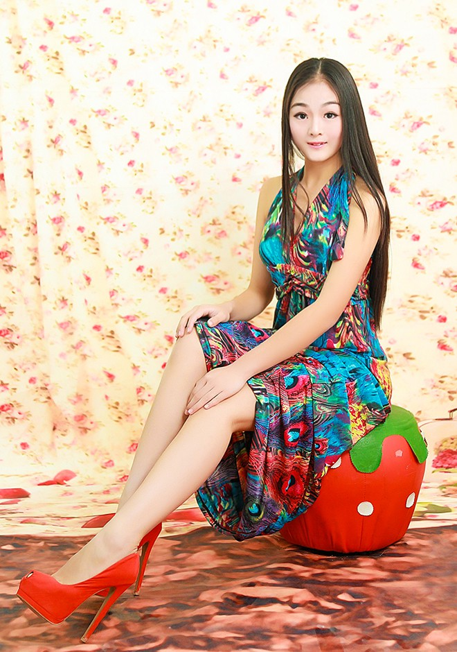 Asian bride Ling from Chengdu