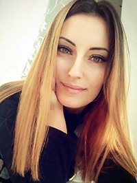 Russian single woman Ekaterina from Mariupol, Ukraine