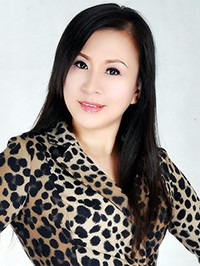 Asian Bride Hong (Lindsay) from Wuhan, China