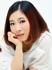 Asian woman Yizhao from Guangdong, China