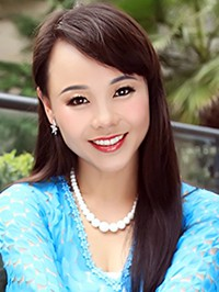Russian woman Haiying from Yichang, China