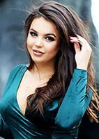 Single Viktoriya from Khmel`nyts`kyy, Ukraine