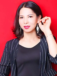 Asian single woman Renxiu from Nanning, China