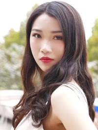 Asian woman Qing from Zhongshan, China