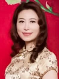 Asian woman Wenli from Zhongshan, China