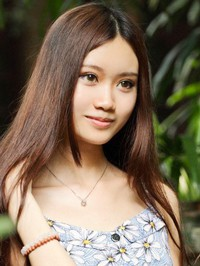 Asian woman QianTing from Foshan, China