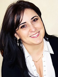European single woman Zaruhi from Yerevan, Armenia