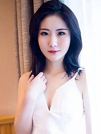 Asian Bride Ying from Guangdong, China