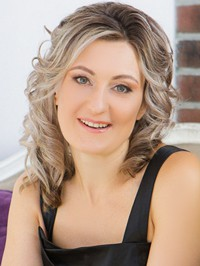 Russian woman Anzhela from Saint Petersburg, Russia