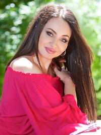 Russian Bride Elena from Odesa, Ukraine