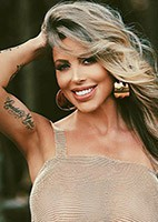 Russian single Fernanda Carvalho from Los Ángeles, United States