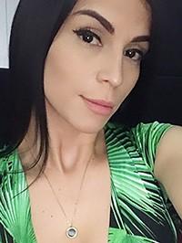 Single Ellen from Caracas, Venezuela